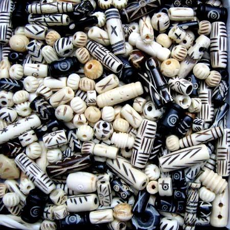 Knochenperlen-Mischung 250g.