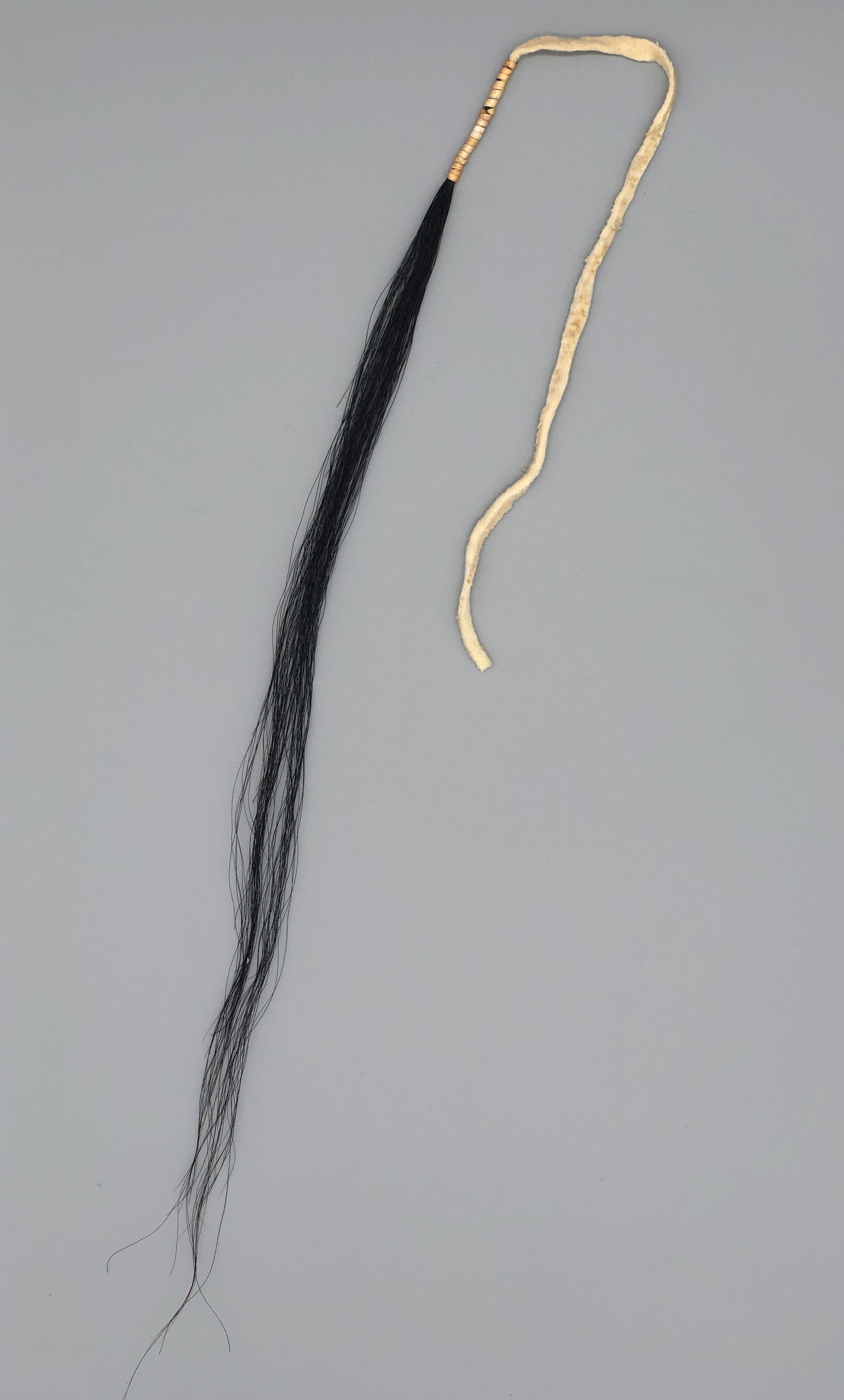 Bequillte Pferdehaarsträhnen
