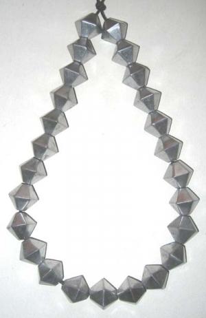 Aluminium Perlen / Strang